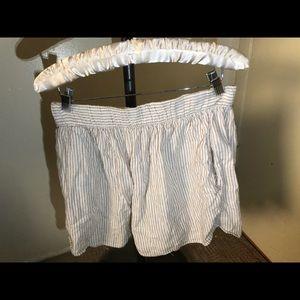 Gap bundle shorts